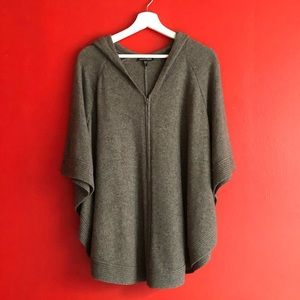 Beautifully Soft Italian Wool Cape/Poncho